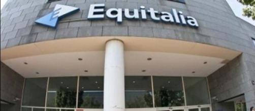 Ex tabaccaia riceve 45 cartelle di Equitalia per 518mila euro - ilgazzettino.it