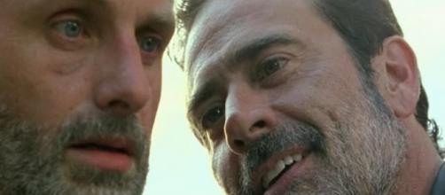 Immagine: Negan e Rick di The Walking Dead.