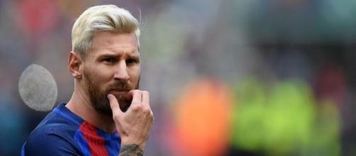 Leo Messi, de cabeza al Balón de Oro 2016