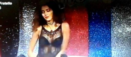 Mariana Rodriguez si è scatenata in una lap dance bollente