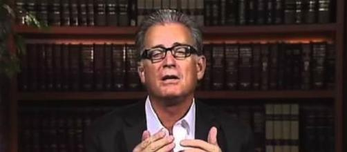 Mike Pereira News, Video and Gossip - Deadspin - deadspin.com
