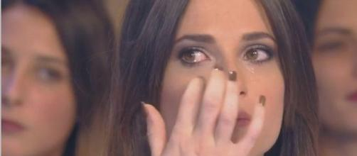 Nabilla fait pleurer Capucine Anav