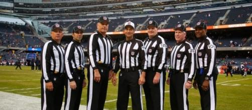 NFL officials to use wireless communication devices in 2014 ... - helmet2helmet.com