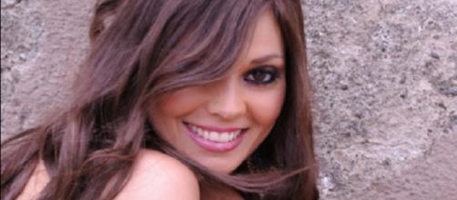 Veronica Di Bella, nuova fidanzata di Aldo Palmieri, si è difesa sui social dagli attacchi dei fans di Alessia