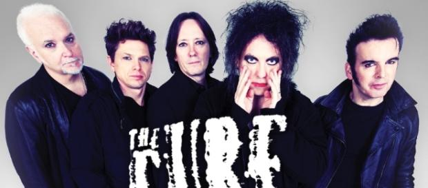 Os The Cure vão regressar a Portugal.