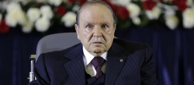 L'Algérie et Bouteflika : Président ou Dictateur ? Se fait-il hospitaliser sur le compte des français ?