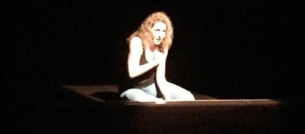 La protagonista, Lisa Recchia, in una scena