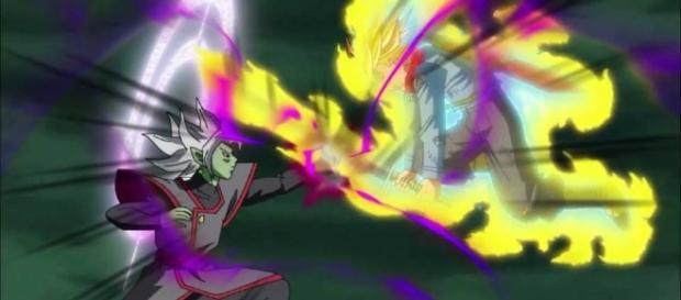 Trunks luchando contra Zamasu fusionado