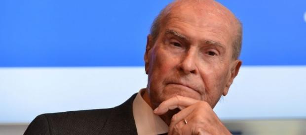 Umberto Veronesi: controverse le sue affermazioni su nucleare, OGM, inceneritori, uranio, smog ed elettrosmog