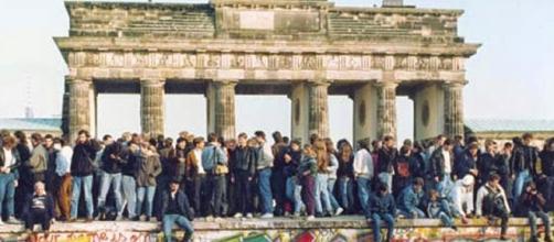 9 Novembre 1989, cadeva il Muro di Berlino.