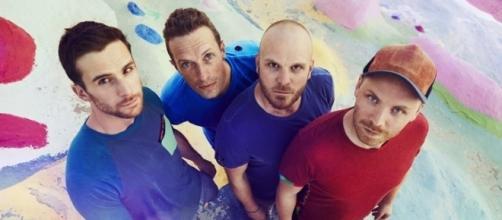 Coldplay - Che Tempo Che Fa - A Head Full Of Dreams