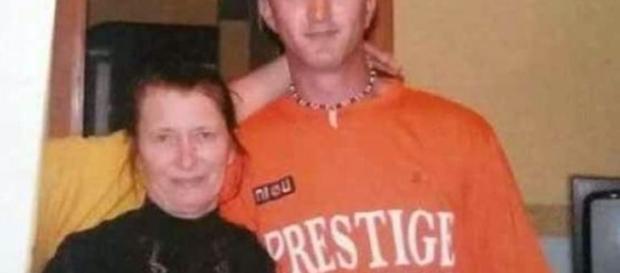 Criminalul Ionel Mihăilă şi mama lui FOTO arhiva familiei