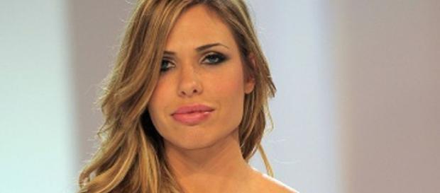 Ilary Blasi contro Laura Freddi