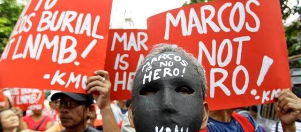 L'ex presidente Marcos sepolto nel Cimitero degli eroi a Manila ... - lastampa.it