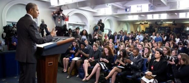 President Obama holds a press conference. Photo by Pixabay.