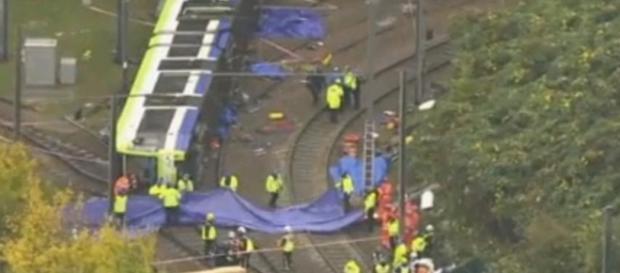 """VIDEO: ACCIDENT GRAV în Londra. """"Câţiva oameni AU MURIT"""". Sunt este 51 de răniţi"""