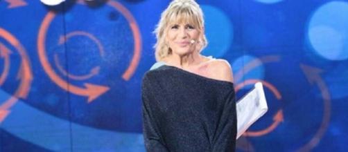 """E' subito scontro a SelfieTina Cipollari a Gemma Galgani: """"Porti ... - gentevip.it"""