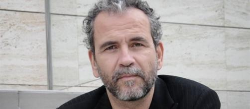 """Rajada descomunal de Willy Toledo contra """"Cuéntame"""" e Imanol Arias - bolsamania.com"""