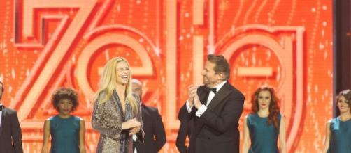 Zelig: grande sussesso per la prima puntata con Michelle Hunziker e Cristian De Sica