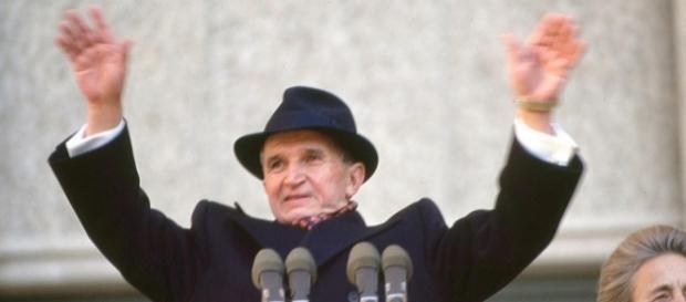 Ce ar face Ceaușescu dacă ar câștiga alegerile