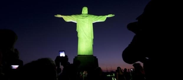 Cristo Redentor fará homenagem às vítimas do avião da Chapecoense neste domingo