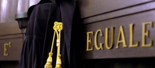 Giudice del Tribunale di Tempio Pausania ai domiciliari per corruzione