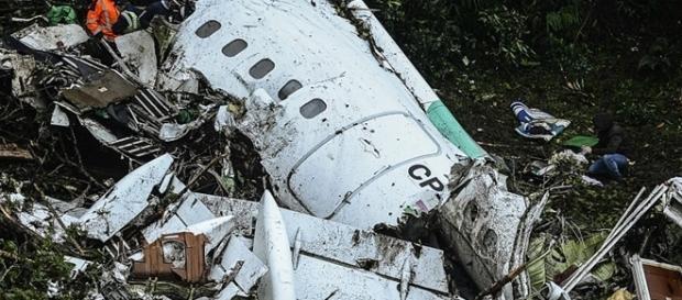 Tanques da aeronave estavam vazios no momento do acidente em Medellín.