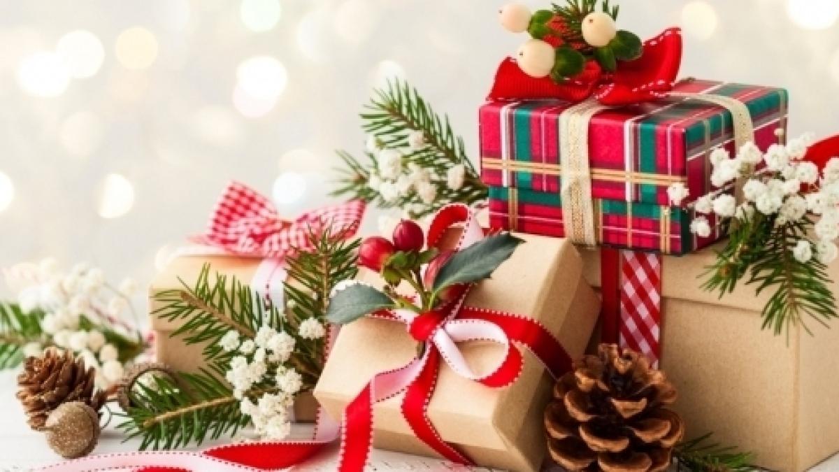 Regali Natale.Regali Di Natale Suggerimenti Dalle Stelle Per Leone Vergine Bilancia E Scorpione
