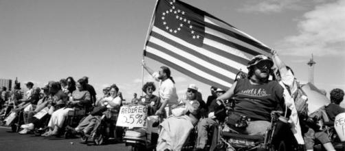 25th ADA Celebration - THE ADA AT 25 | Landmark legislation only ... - numotion.com