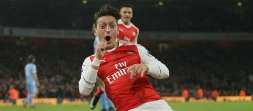 Arsenal 3 Stoke 1: Mesut Ozil proves his worth to Gunners in a ... - thesun.co.uk