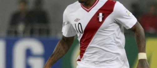 Atacante Farfán é especulado no Flamengo