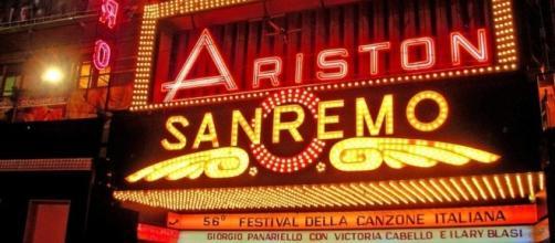 Festival di Sanremo: da sempre i cantanti si esibiscono al teatro Ariston, rivelati i 20 big
