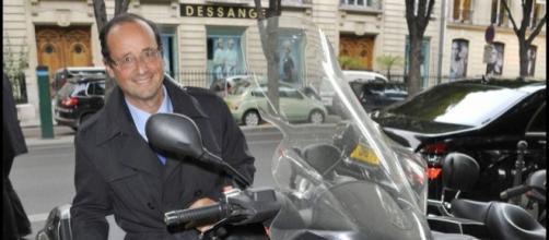 François Hollande, une prime de 1000 euros pour son prochaine scooter ! ... - purepeople.com