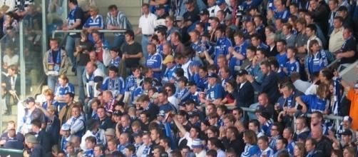Schalke vs Leverkusen [image: upload.wikimedia.org]