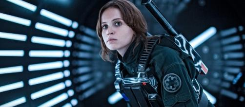 "This ""Rogue One"" star may have just spilled this spoiler and we're ... - hellogiggles.com"