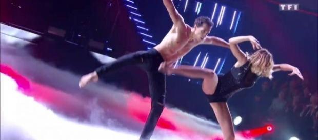 Danse avec les stars : Une danse contemporaine pour Camille Lou - tf1.fr