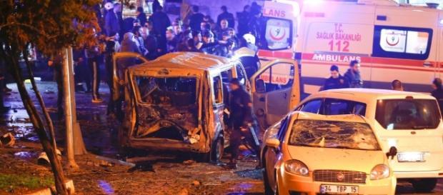 Imagens de destruição tomam conta dos arredores da Besiktas Vodafone Arena