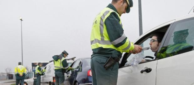 Tráfico intensifica esta semana los controles de alcohol y - diariodenavarra.es