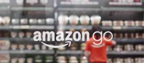 Amazon Announces No-Line Retail Shopping Experience With Amazon Go - forbes.com