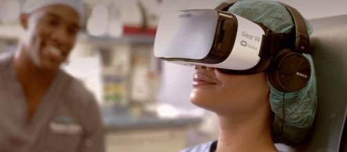 La società AppliedVR crea scenari virutali per aiutare i pazienti sottoposti a dolore