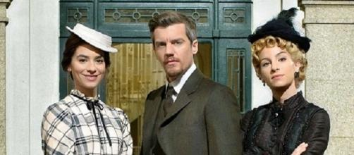 Teresa, Mauro, Cayetana soap opera