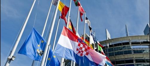Approvata la fine del roaming in Ue dopo giugno 2017