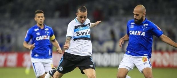 Corinthians volta ao mercado em busca de novos reforços
