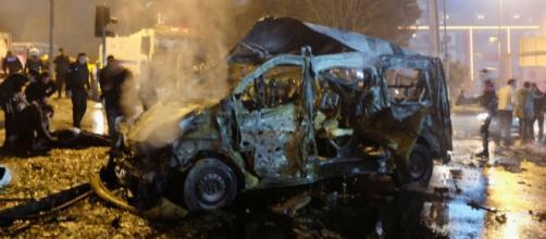 Esplosione vicino allo stadio Besiktas Vodafone Arena