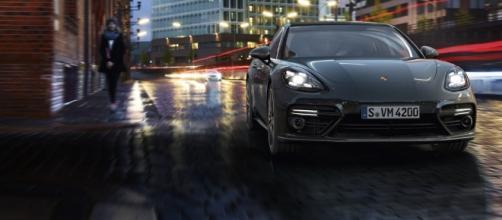 Porsche Panamera Turbo - Porsche Italia - Offerta di lavoro