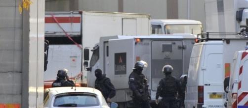 Rhône : 70 kilos d'or envolés après l'attaque d'un fourgon blindé