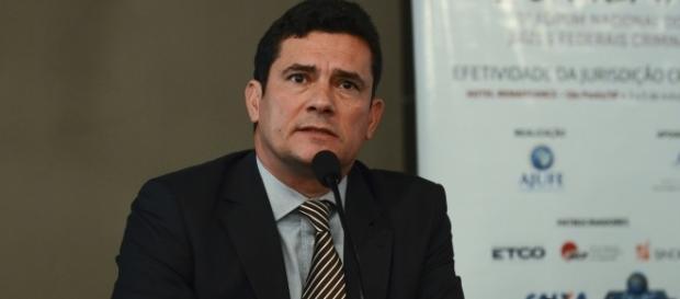 Moro perdeu a paciência com advogado de Lula (Foto: Rovena Rosa/Agência Brasil)