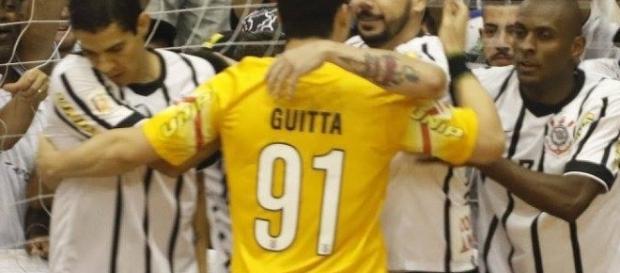 O goleiro Guita (número 91) foi importantíssimo na conquista do título