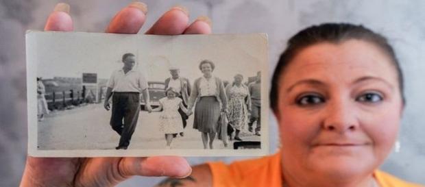 Pela primeira vez, uma fotografia foi enviada junto à carta (SWNS)