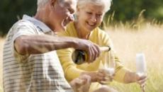 Casais com relacionamentos longos revelam os segredos para um casamento duradouro